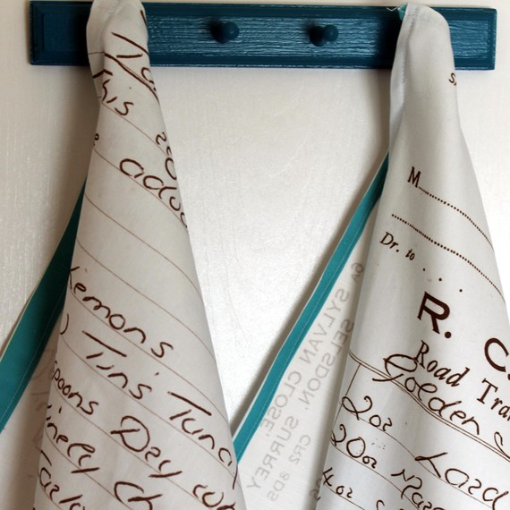 transformeren Hand Written Recipes into Tea Towels